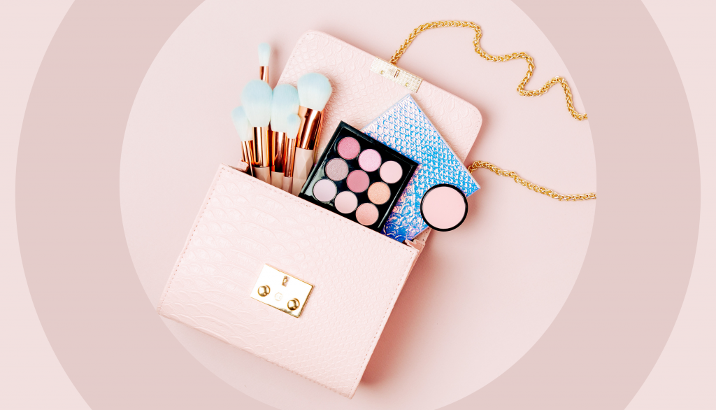 10 Must-have Items every girl needs in her Makeup Bag